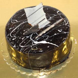 pasta gönder 4 ile 6 kisilik parça çikolatali