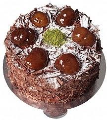 4 ile 6 kişilik Kestaneli Çikolatalı yaş pasta